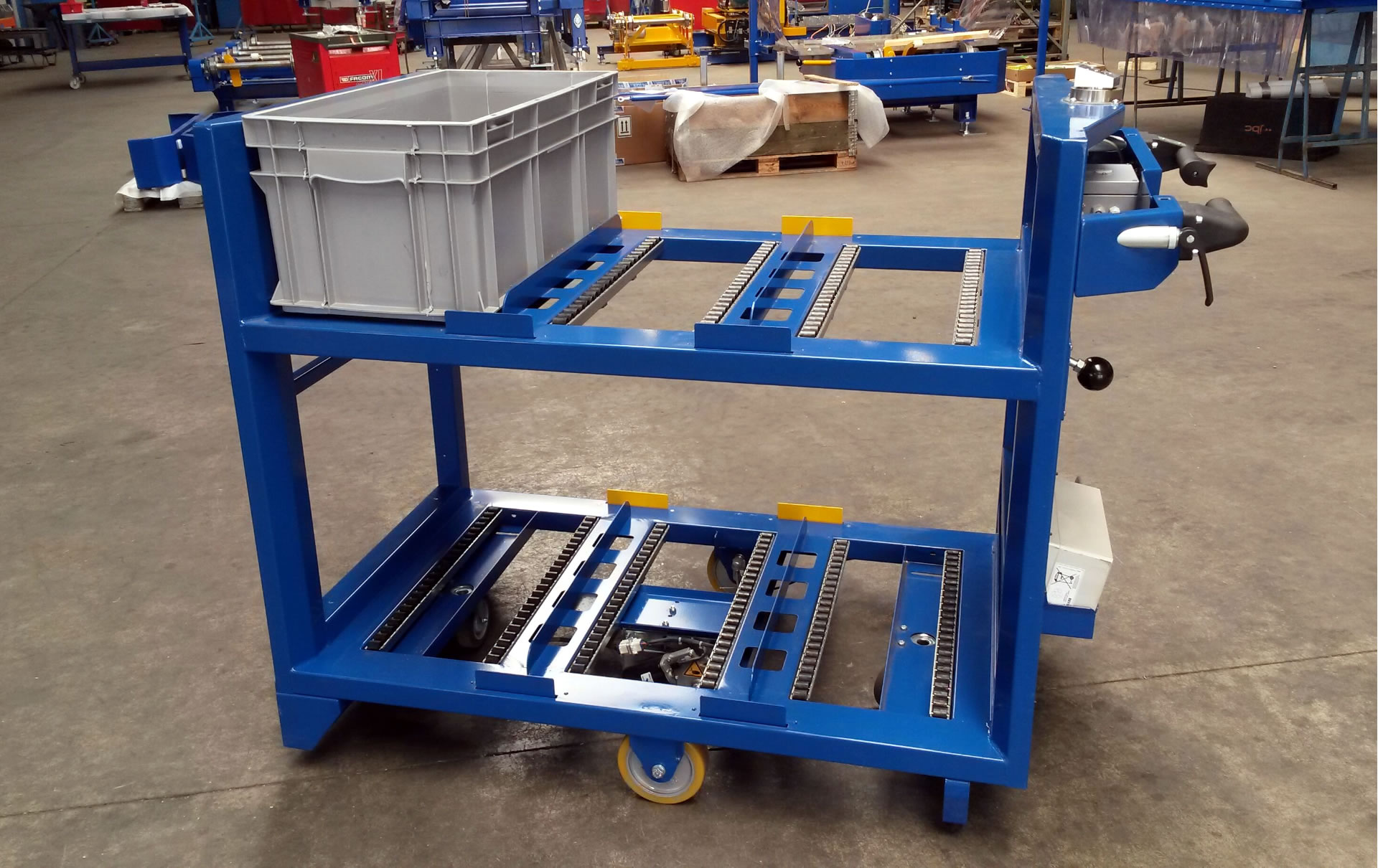 Electrical and hand driven picking trolley